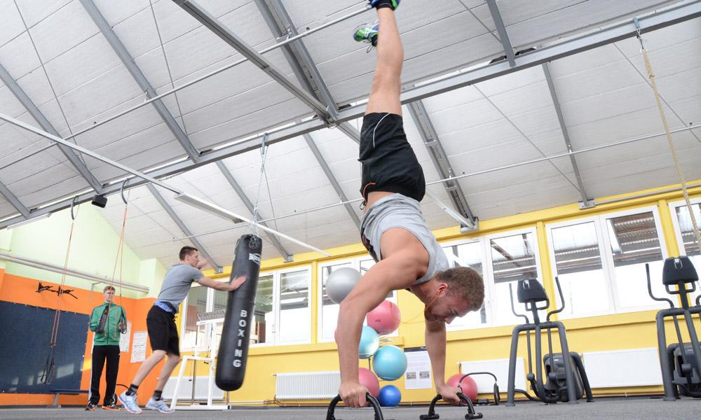 hall-of-sports-fitness-studio-14